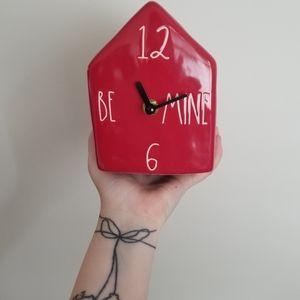 """Rae Dunn """"Be Mine"""" Clock"""